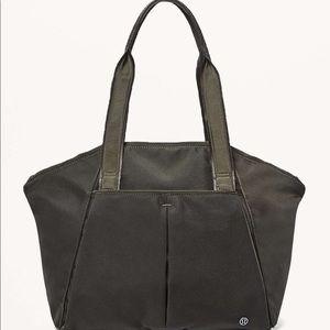 NWT lululemon Free To Be Bag Dark Olive